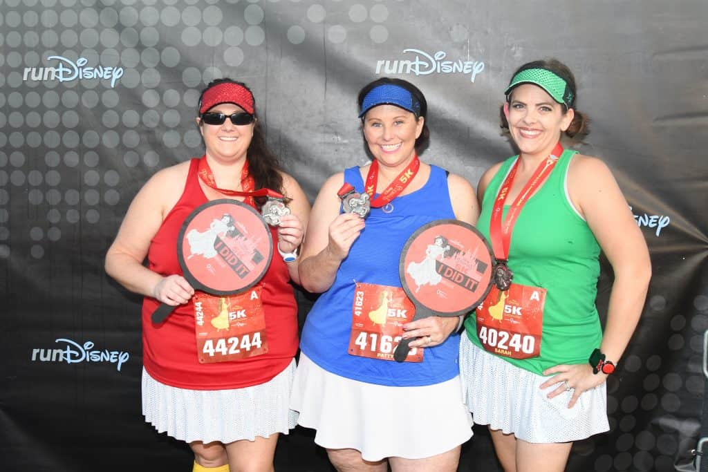 finisher pictures 5K rundisney travel agent
