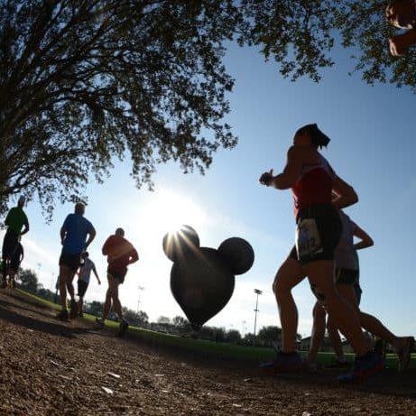 rundisney marathon mickey hot air balloon and runners