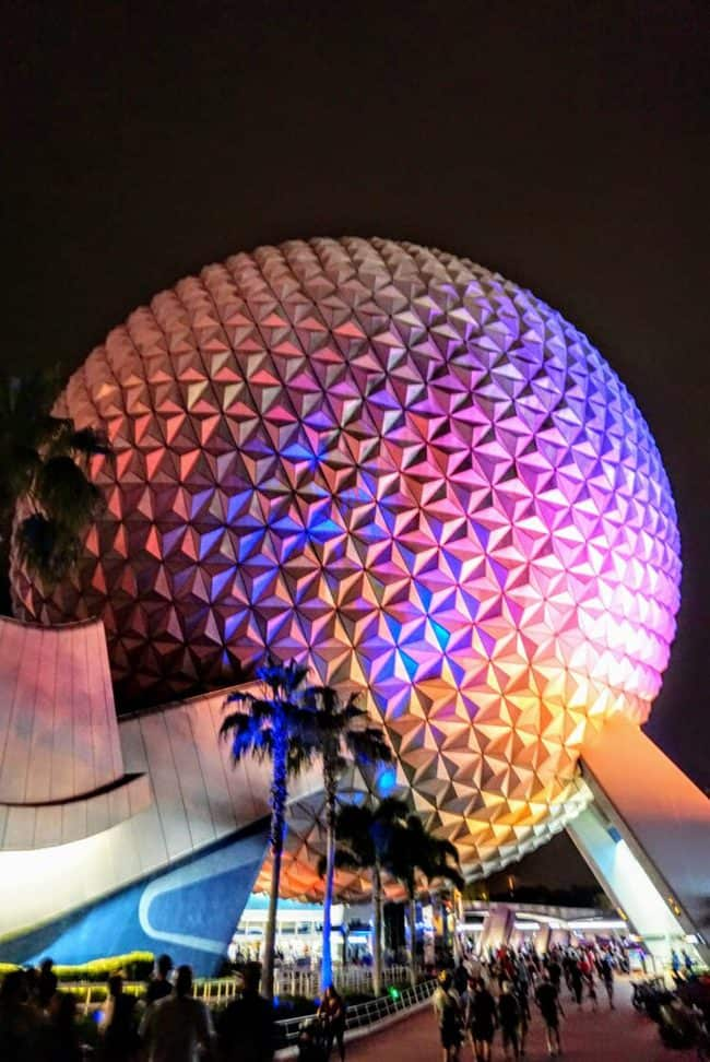 Spaceship Earth at night: disney attractions that will be closed