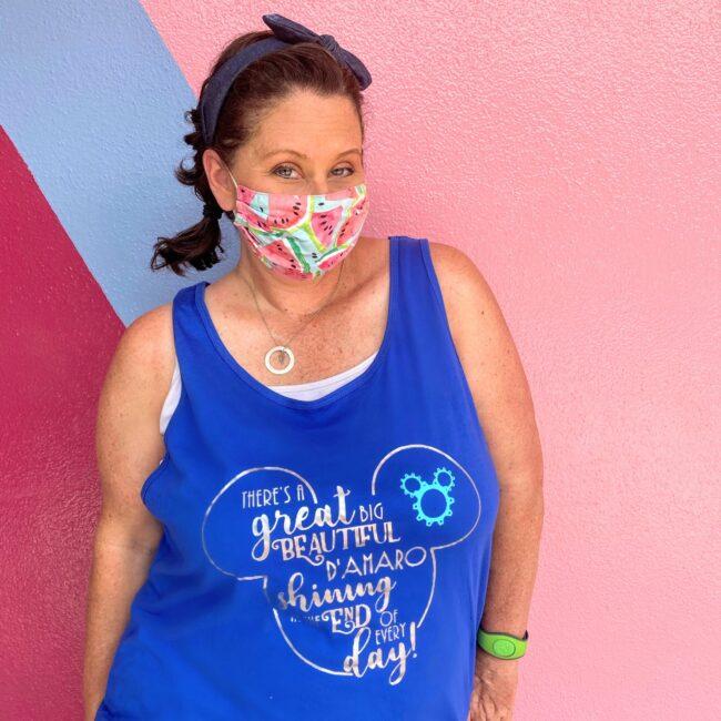 bubble gum wall epcot big bright beautiful damaro shirt