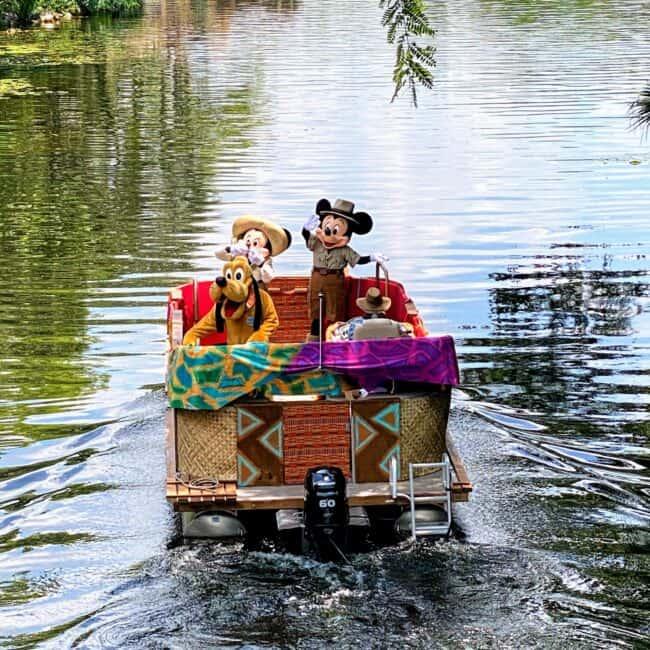 characters cavalcade mickey and minnie and pluto animal kingdom