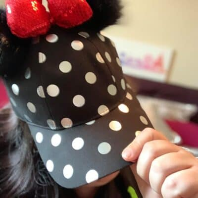 black and white dotted minnie bow hat walt life subscription box review