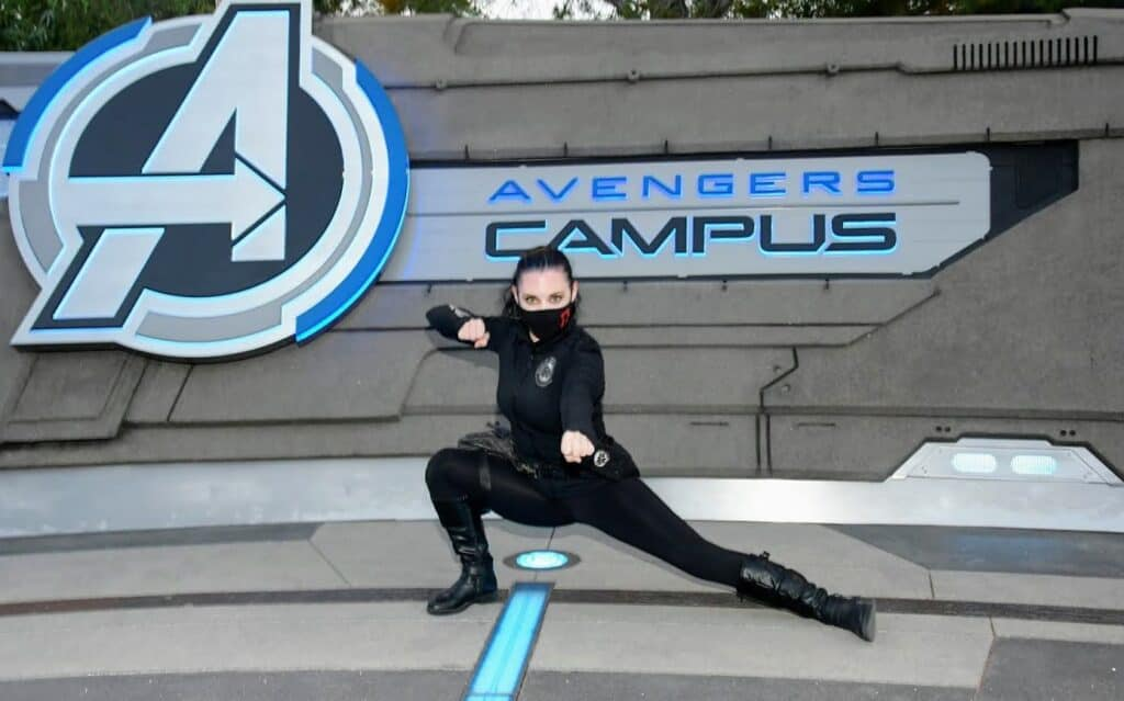hacks to get on webslingers on avengers campus trip report